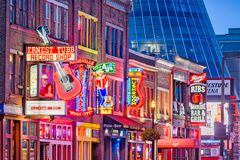 Free Lower Broadway Honky Tonks Nashville, Tennessee Stock Images - 157980894