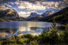 Lower Green River Lake with Square Top Mountain  2 Royalty Free Stock Photos