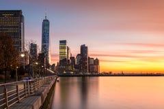 Lower Manhattan au coucher du soleil Photo stock