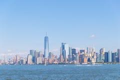 Lower Manhattan au coucher du soleil vu de Hoboken, New Jersey image stock