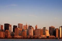 Lower Manhattan en la puesta del sol Fotografía de archivo libre de regalías
