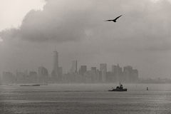 Lower Manhattan on a foggy summer afternoon, New York City Stock Photos