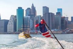 Lower Manhattan w NYC widzieć od promu Obrazy Royalty Free