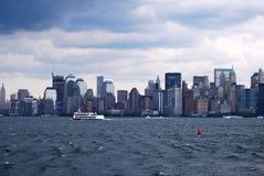 Lower Manhattanhorisont med en World Trade Center, NYC Royaltyfri Foto
