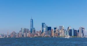 Lower Manhattanskyskrapor och en World Trade Center Arkivbild