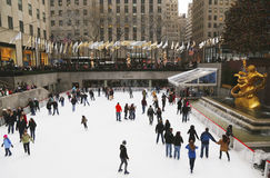 Lower Plaza of Rockefeller Center with ice-skating rink  and Christmas tree in Midtown Manhattan Stock Photos