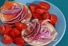 Lox- och bagelsmörgås Royaltyfri Fotografi