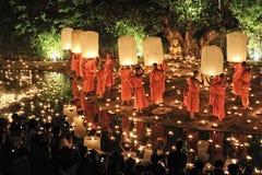 Loy Krathong festival i Chiangmai Royaltyfri Foto