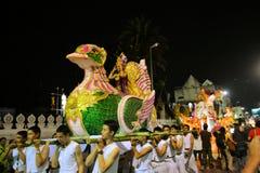Loy Krathong Yee的彭,城镇节日游行 库存图片