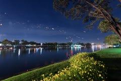 Loy Kratong Festival celebró durante la Luna Llena del 12ma fotografía de archivo libre de regalías