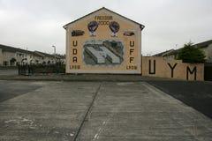 Loyales Wandgemälde, welches das Schließen von MAJESTÄT Prison Maze im Jahre 2000 gedenkt Stockbild