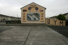 Loyalist mural commemorating the closing of HM Prison Maze in 2000 Stock Image