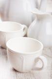 Loza blanca para el té fotos de archivo libres de regalías