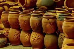 Loza de barro tradicional de la cerámica fotos de archivo libres de regalías