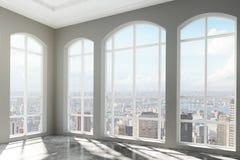 Lüpfen Sie Innenraum mit großen Fenstern und Stadtansicht Stockbild