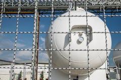 LPG存贮的钢工业汽油箱  库存图片