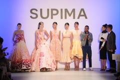 (LR) Supima-Design-Wettbewerbs-Finalist Jeffrey Taylor auf Stadium während des Supima-Design-Wettbewerbs 2016 stockbild