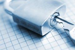 Låsa tangenten till framgång upp Fotografering för Bildbyråer