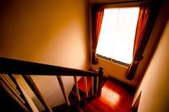 läskig trappa Arkivbilder