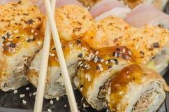 LSushi, еда, рис, продукт, сварило, семги, морепродукты, рыба, японцы, сырцовые, крен Стоковое фото RF