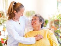 Ältere häusliche Pflege Lizenzfreie Stockfotos