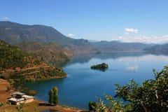 Lu Gu Hu jezioro Zdjęcie Stock