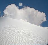 Lua cheia nas areias brancas Fotos de Stock Royalty Free