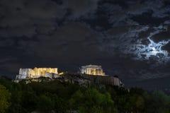 Lua cheia sobre a acrópole de Atenas Fotografia de Stock Royalty Free