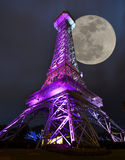 Lua da torre Eiffel Fotos de Stock Royalty Free