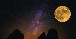 A lua grande Fotografia de Stock Royalty Free