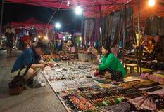 luang νύχτα αγοράς prabang Στοκ Εικόνες