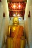 Luang Pho a Buda en el templo de Wat Pa Lelai, Tailandia fotos de archivo libres de regalías