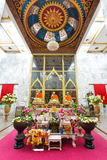 Luang Pho Chaem monument på Wat Chalong i Phuket Thailand royaltyfri fotografi