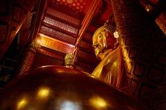 Luang Pho Tho, Phananchoeng寺庙,阿尤特拉利夫雷斯,泰国 免版税图库摄影