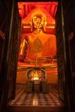 Luang Pho Tho i Wat Phanan Choeng, Ayutthaya, Thailand Arkivbilder