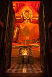 Luang Pho Tho in Wat Phanan Choeng, Ayutthaya, Tailandia Immagini Stock
