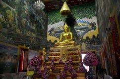 Luang Pho Wat Raja Khing jest statuą Buddha dla ludzi ono modli się Zdjęcia Royalty Free