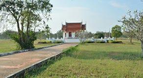 Luang-por singen im kmutnb stockfoto