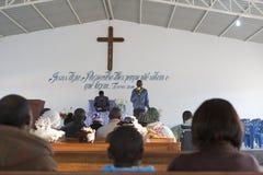 LUBANGO/ANGOLA - 2016年7月13日-非洲教会在安哥拉,有n的 免版税库存图片