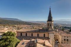 - Luberon - Provence Saint-Saturnin-les-apto - França fotografia de stock