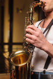 Lubi improwizować na jego saksofonie Zdjęcie Royalty Free