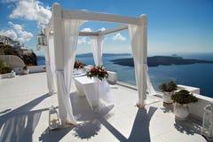 Ślubna dekoracja na Santorini, Grecja Zdjęcia Royalty Free