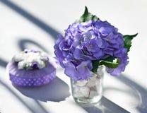 Ślubna dekoracja na stole. Zdjęcia Royalty Free