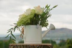 Ślubna dekoracja z naturalnym kwiatu centerpiece Obraz Royalty Free
