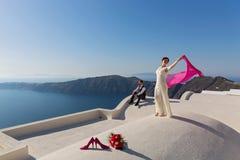 Ślubna para na dachu Obrazy Stock