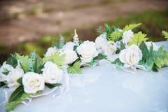 Ślubny samochodowy wystrój kwitnie bukiet Zdjęcie Royalty Free