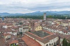 Lucca全视图在托斯卡纳,意大利 库存图片
