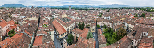 Lucca全视图在托斯卡纳,意大利 免版税库存图片