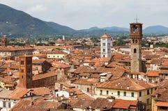 Lucca缩放都市风景 库存照片