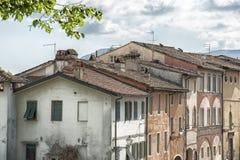 Lucca-Dach in der unterschiedlichen Art in Italien Stockbilder